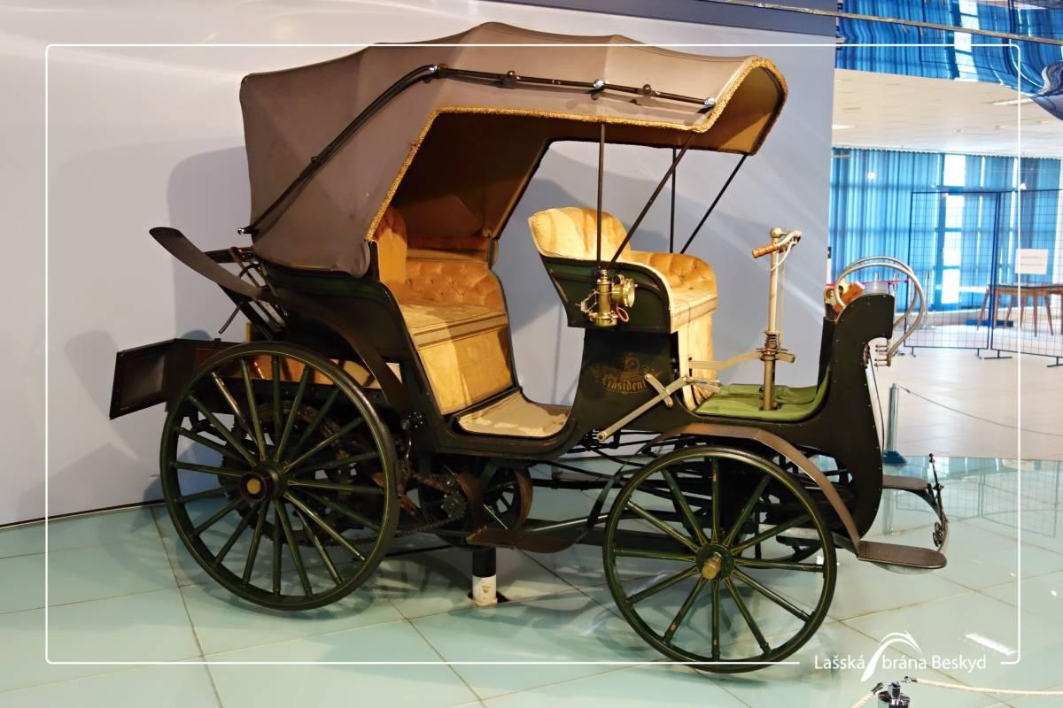 Muzeum Techniki Tatra i Ekspozycja E. i D. Zátopków